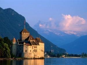 Chateau-de-Chillon-Castle-Montreux-Switzerland-1-NFU6MG4IE2-1024x768-300x225