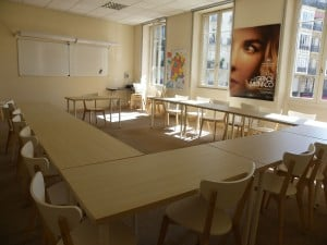 FL-Paris-Notre-Dame---Classroom-1