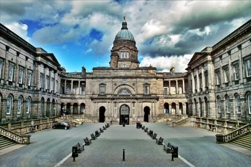ทุนการศึกษาในระดับ PhD ที่ The University of Edinburgh