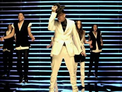 แปลเพลง She Ain't You – Chris Brown