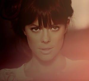 แปลเพลง Maybe I Love You – Lenka