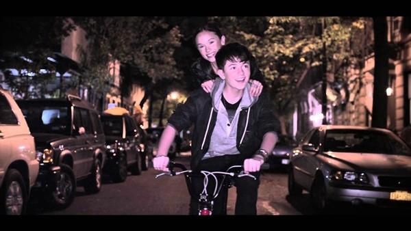 แปลเพลง Sunshine & City Lights – Greyson Chance