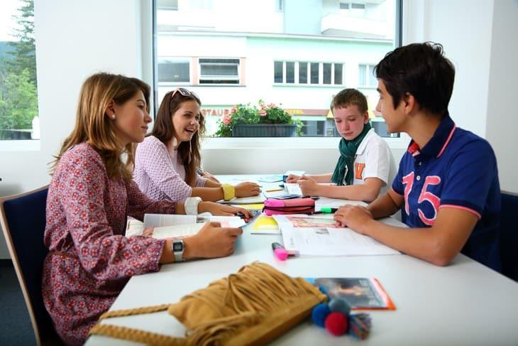 เรียนระยะสั้น ประเทศสวิตเซอร์แลนด์ Summer Camp