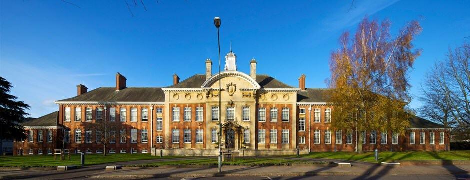 University of Northampton มหาวิทยาลัย นอร์ธแธมตัน