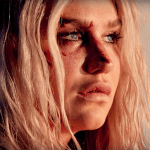 แปลเพลง Praying – Kesha ความหมายเพลง