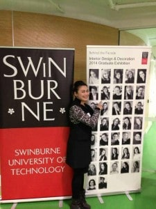 น้องตาล ในวันพรีเซนต์โปรเจคจบการศึกษาที่ Swinburne University of Technology