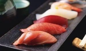 famous_food_nigiri_sushi_image-300x178