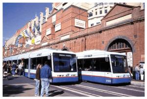 sydney_twolightrails-300x202