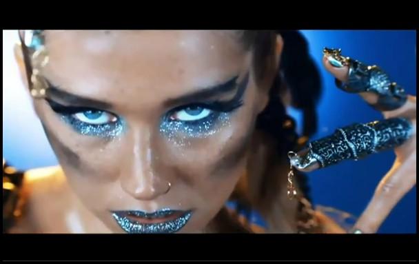 แปลเพลง We Are Who We Are - Kesha