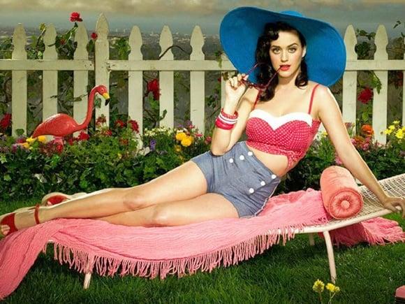 แปลเพลง I Kissed A Girl - Katy Perry