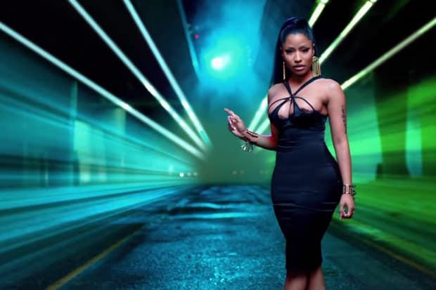 แปลเพลง The Night Is Still Young - Nicki Minaj