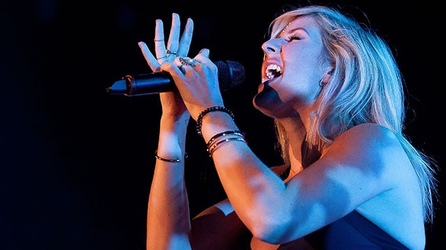 HONG KONG - AUGUST 12: Ellie Goulding performs live on stage in her Hong Kong debut concert on August 12, 2014 at Kowloonbay International Trade & Exhibition Centre in Hong Kong. (Photo by Anthony Kwan/Getty Images)