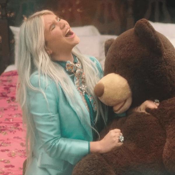 แปลเพลง Learn to Let Go - Kesha