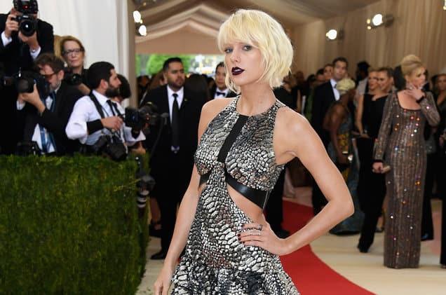แปลเพลง Dress - Taylor Swift