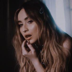 แปลเพลง In My Bed - Sabrina Carpenter เนื้อเพลง