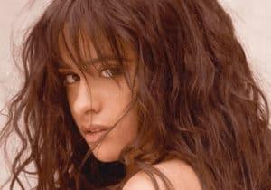 แปลเพลง Easy - Camila Cabello ความหมายเพลง